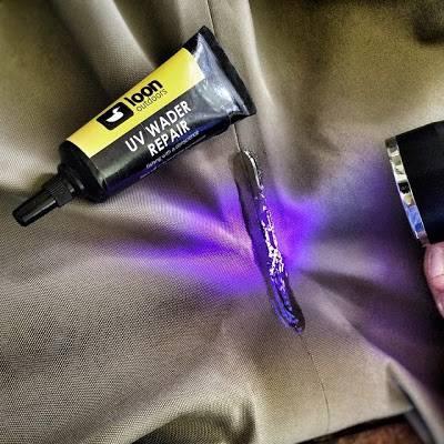 LOON OUTDOORS UV Wader glue...jpg