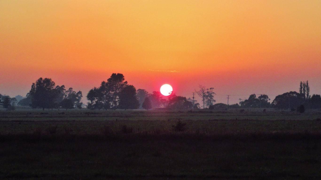 Fiery sunrise. (Medium).JPG